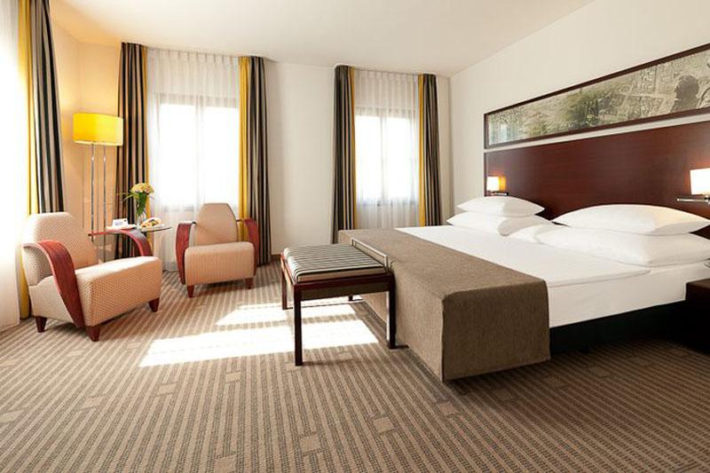 Hotel Dorint am Goethepark Weimar Deluxe Zimmer