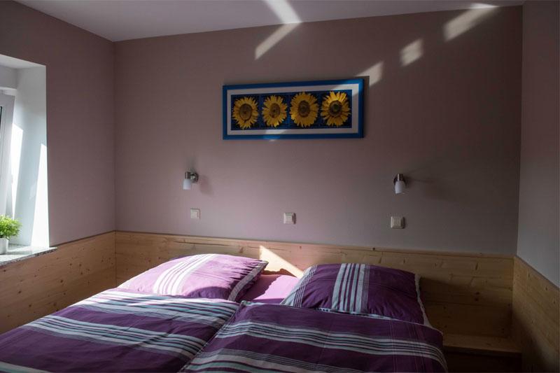 Ferienwohnung am Schenkgarten Kromsdorf Wohnung 2 Doppelschlafzimmer