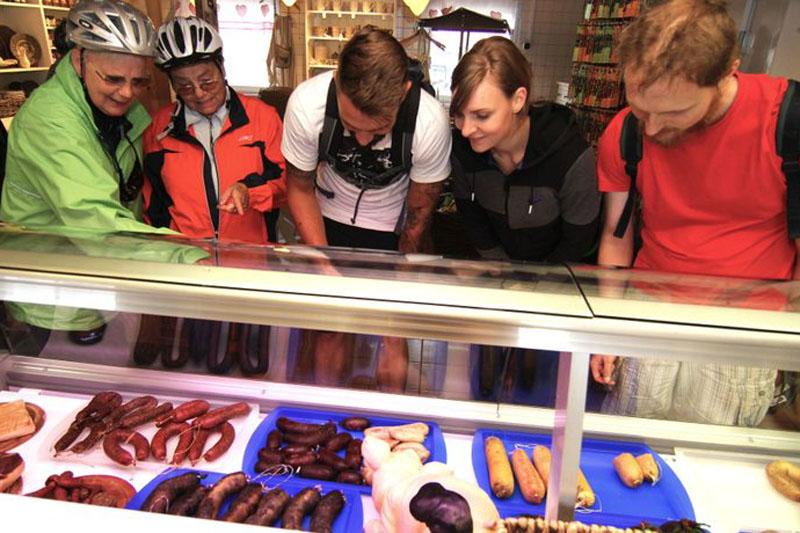 Ein großes Angebot hält der Hofladen im Rittergut München für uns bereit.