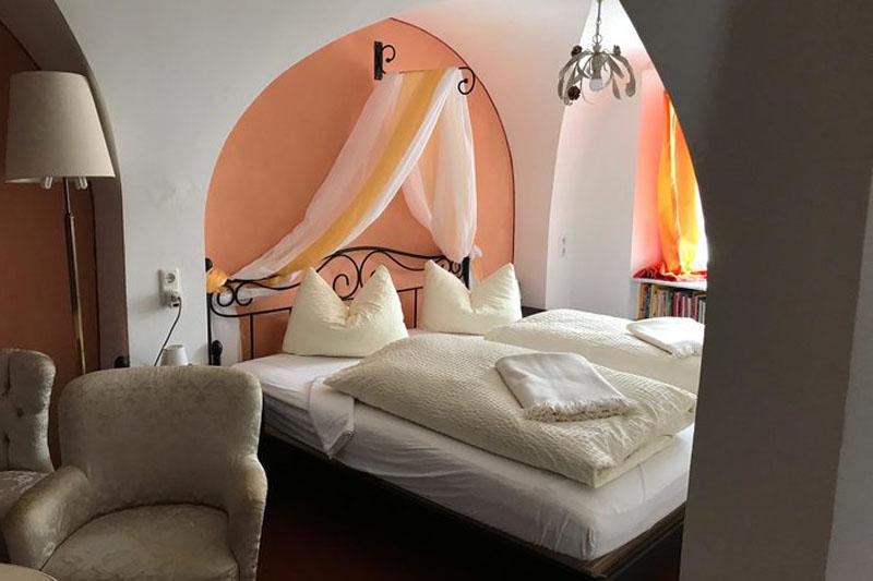 Gutshof Großheringen Pension Ferienwohnung Ferienhaus Zimmer