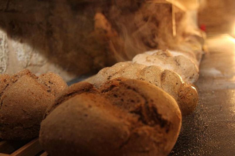 Hofladen Nr 4 Kleinromstedt Brot