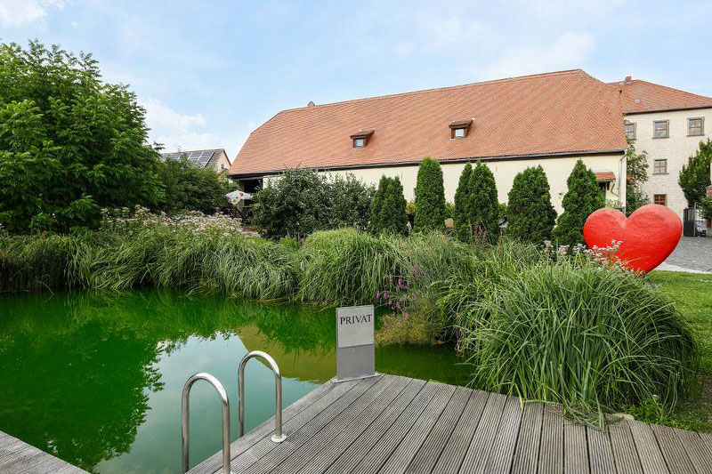 Hotel Resort Schloss Auerstedt Pool