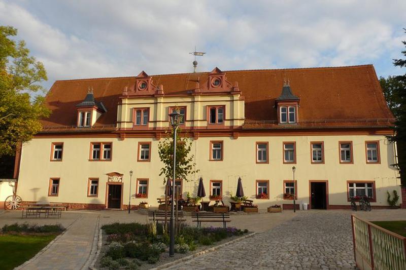 Jugendherberge Schloss Bergsulza Außen