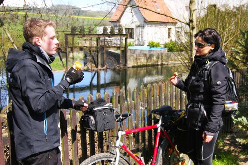 Klassik Runde Weimarer Land In Denstedt hat man einen schönen Blick auf die Technik der Wassermühle.