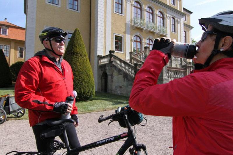 Schloss Ettersburg war die Sommerresidenz von Anna Amalia. Der Blick in den sogenannten Pückler-Schlag ist atemberaubend schön.