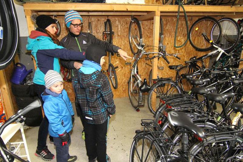 Beratung und Fahrräder bekommen für Radtour in Bad Berka