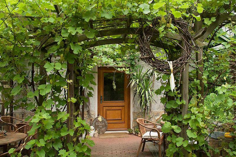 Pension Scheer Eingang Weingarten