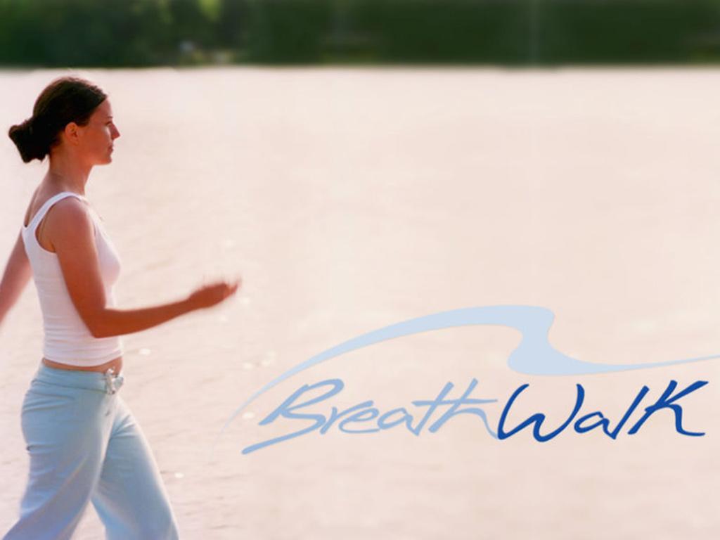 Walkende Frau, Yogaspaziergang