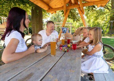 Picknick am Ilmtal-RadwegHetschburg