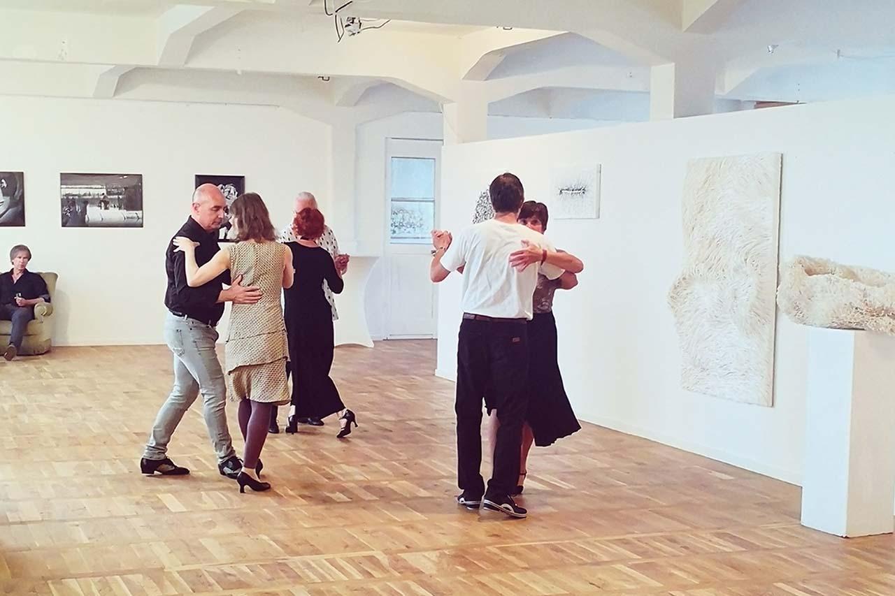 """""""Tangoabend und Kunst"""" in der Kulturfabrik Apolda"""